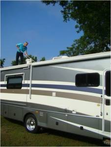 rv roof cleaning